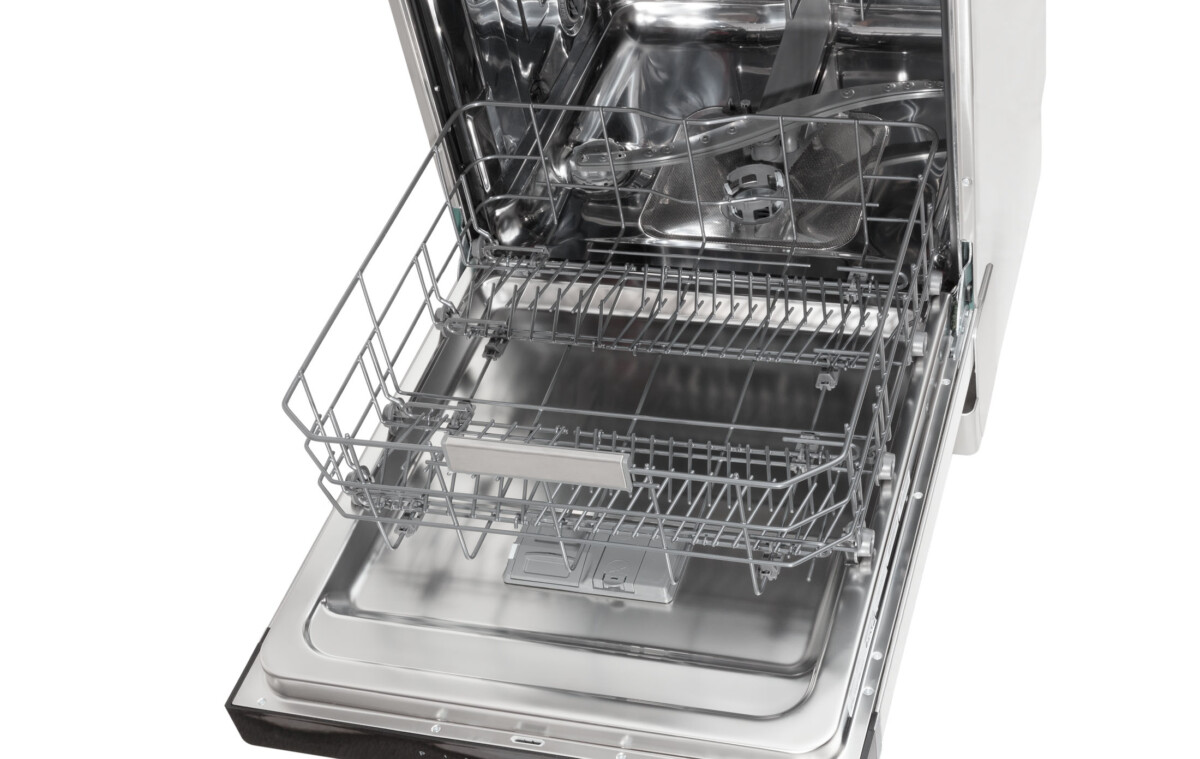 Advertising Product photography of whirlpool Top lower tray movement 1