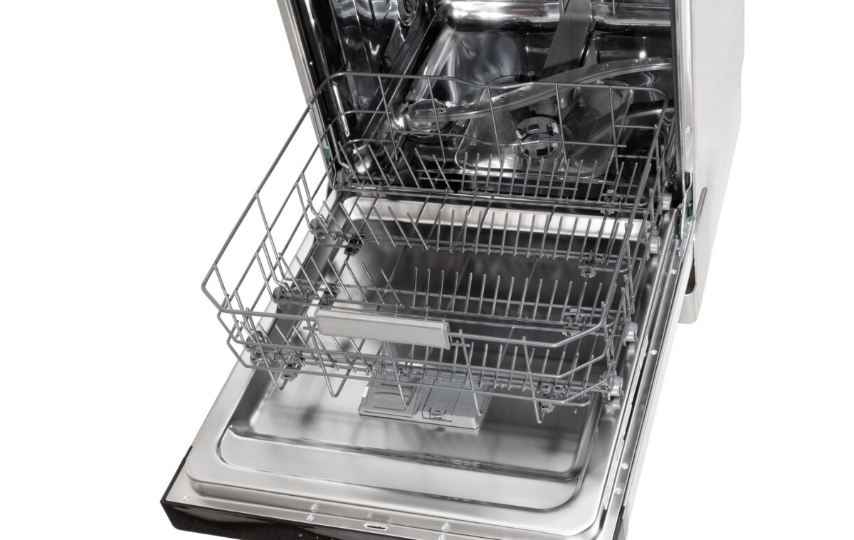 Advertising Product photography of whirlpool Top lower tray movement 2
