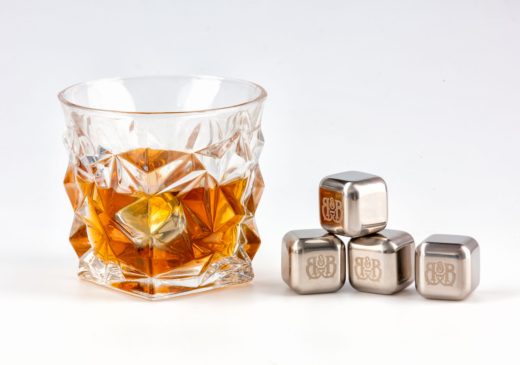 Bar&Barrel Whisky Cup detailed solo with steel cubes on side - Product photography from Zoom Studio Melbourne