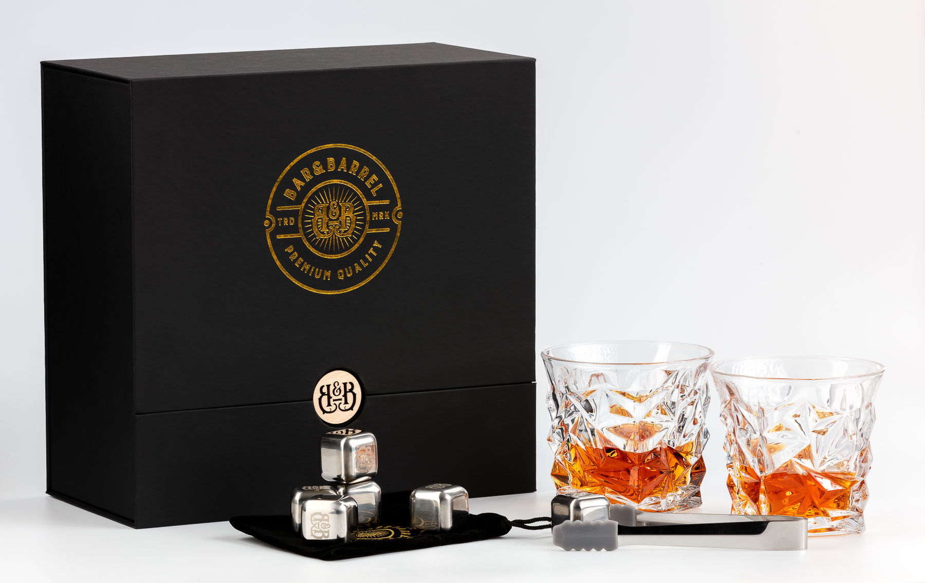 Bar&Barrel Whisky Cup set duo detailed beside box - Product photography for Amazon and website