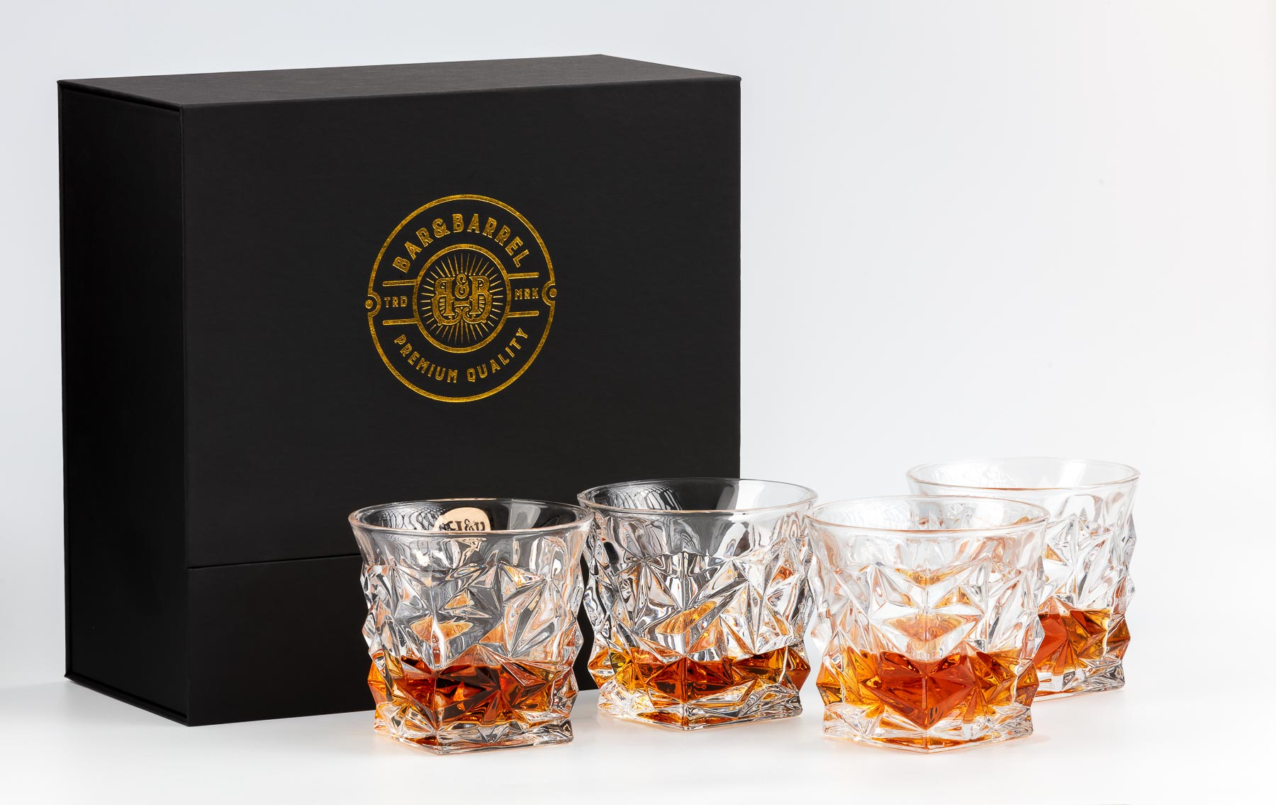 Bar&Barrel Whisky Cup set four detailed beside box -Product photography for Amazon and website
