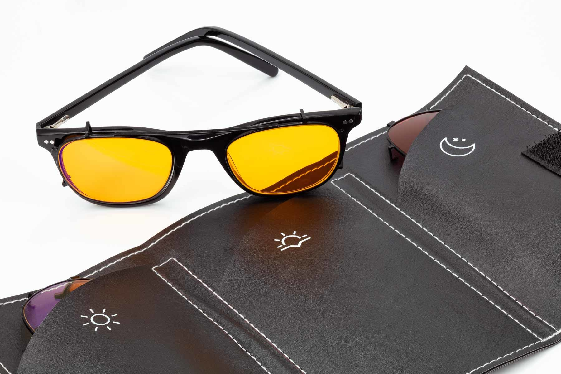 Barkley_Eyewear Square Black with leather case