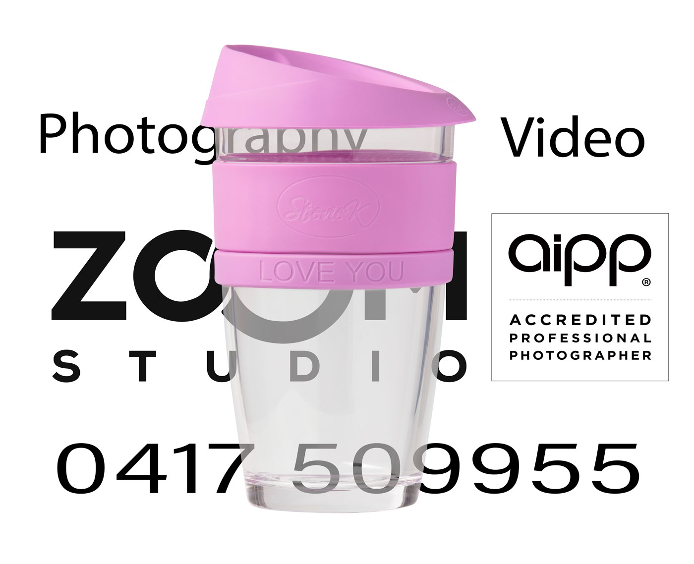 Coffeecup large pink over Zoom Studio Logo