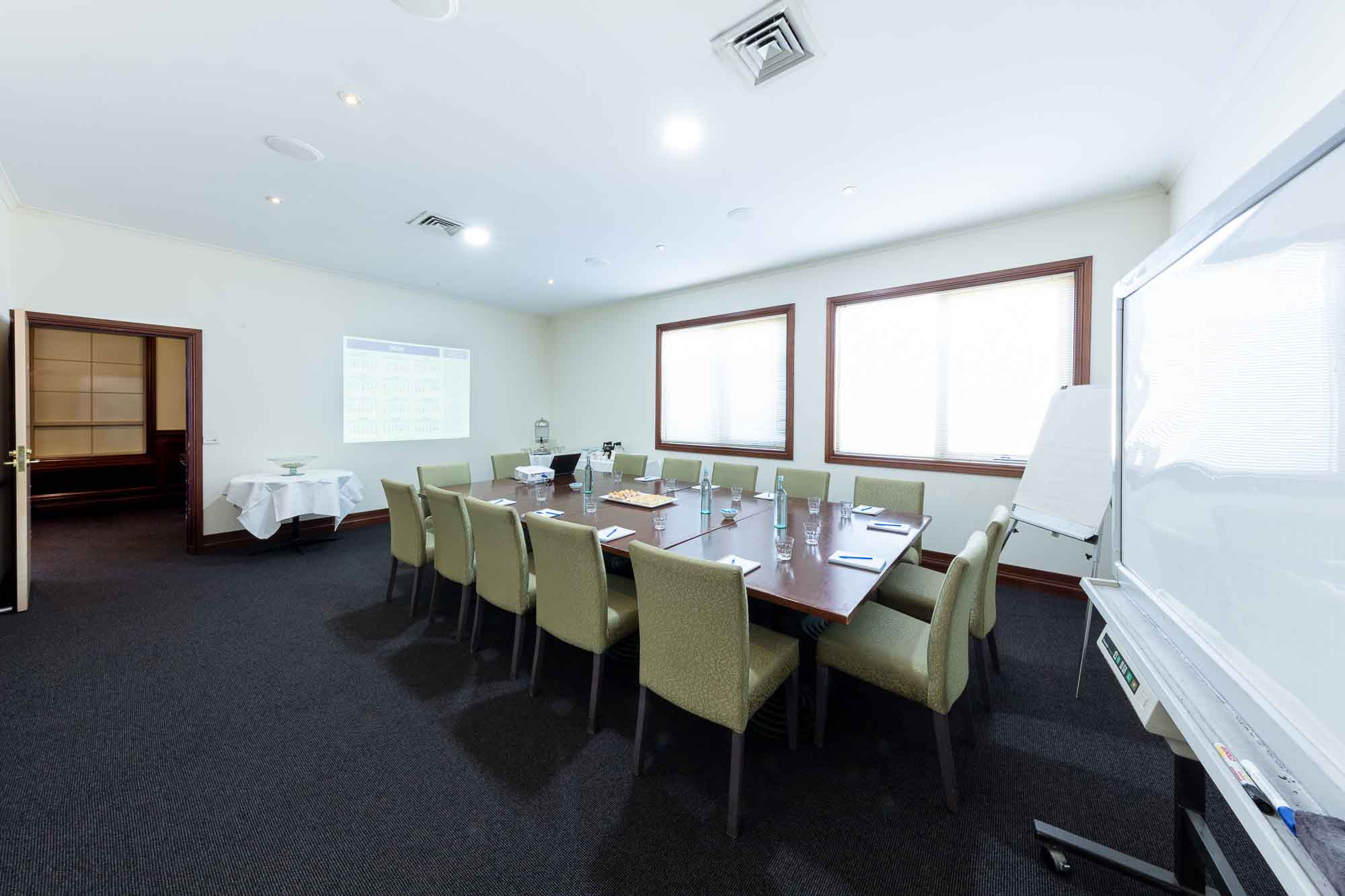 Commercial photography sample - Wantirna Club meeting room oposite side