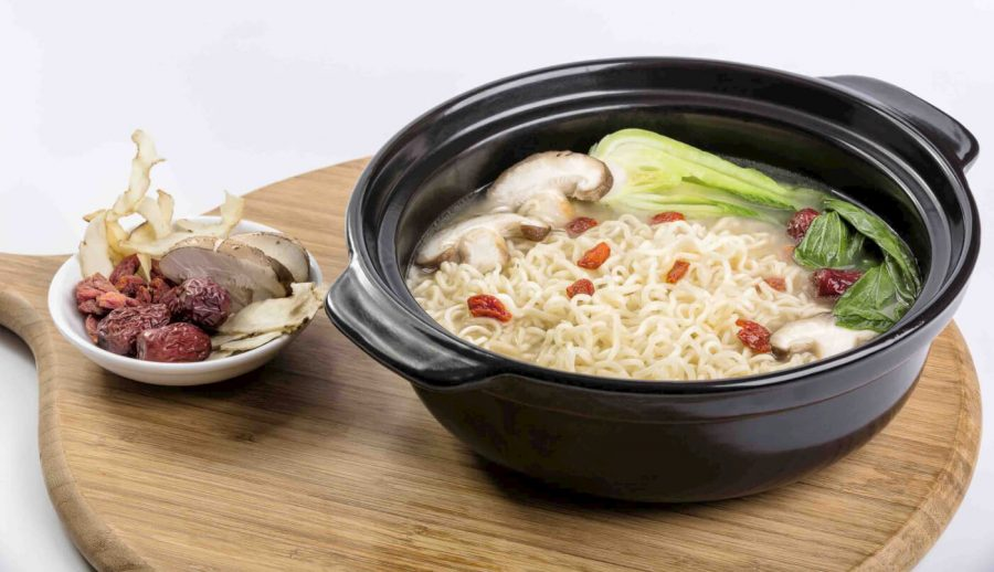 Food lifestyle product photography noodle plate 1