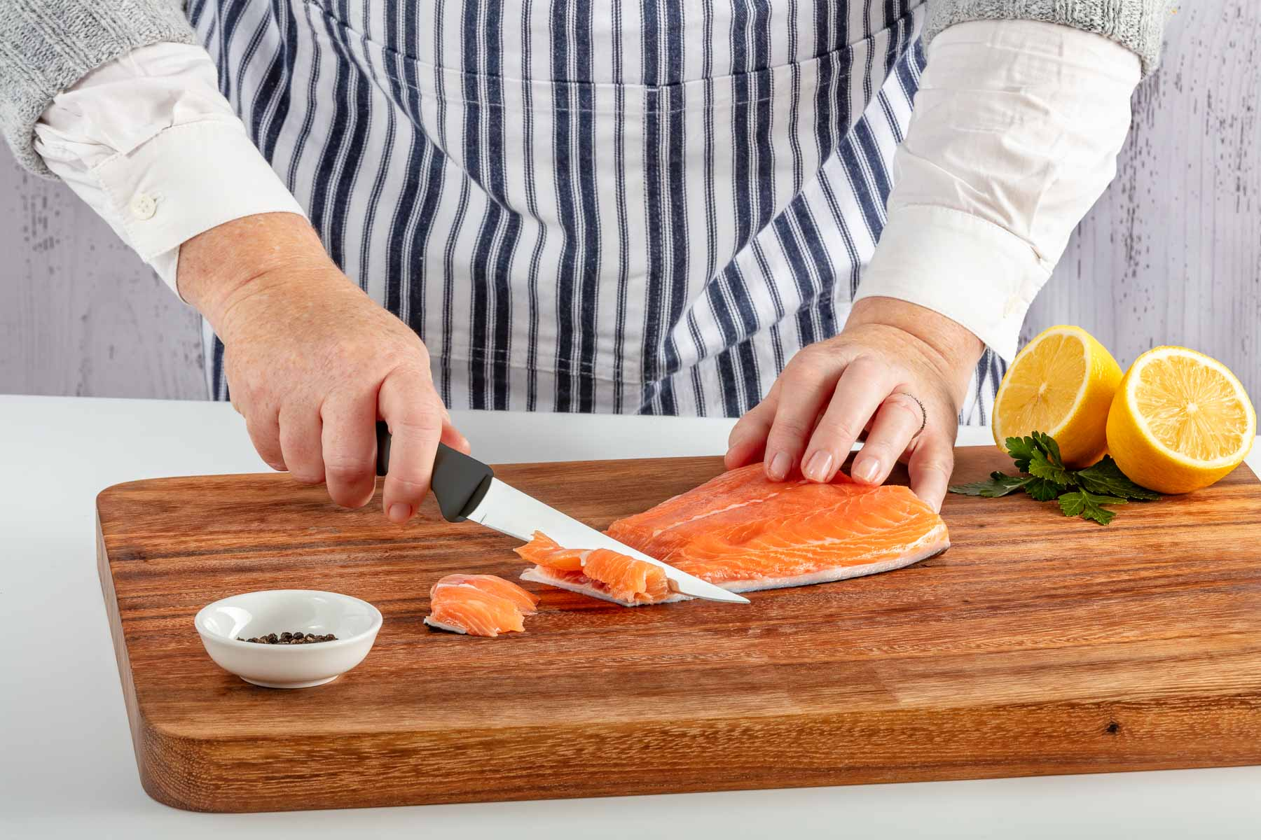Forever Sharp slicing knife black cutting fish