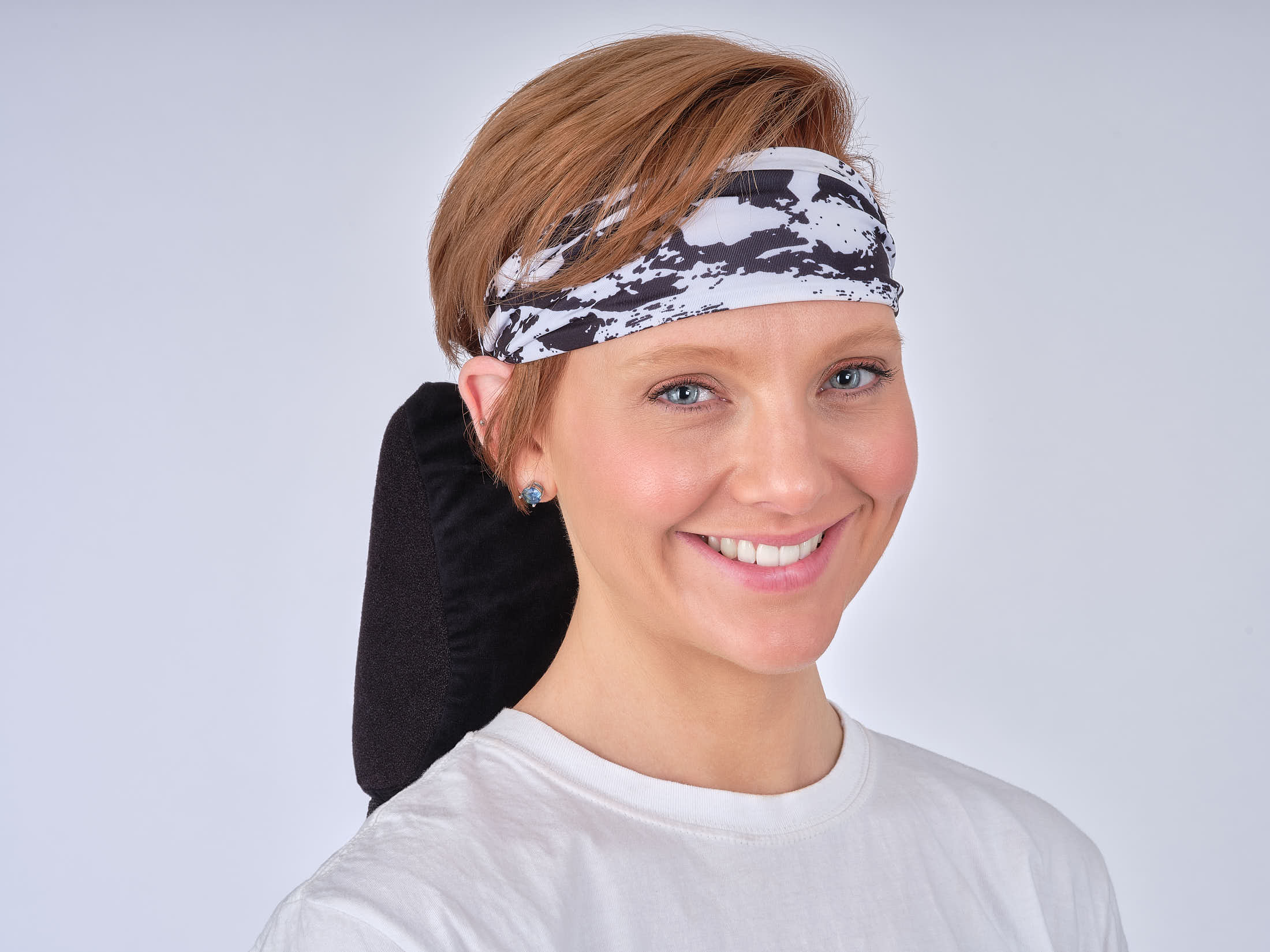 Model with headband 5-Advertising Product Photography
