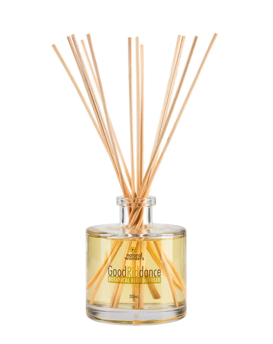 Mosquito repellent products_Natural Wonders Reed Difuser 200ml in Use