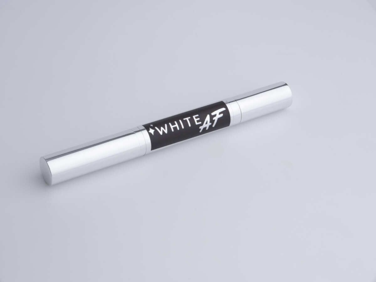 White AF Whitening travel pen _Product -Advertising product photography
