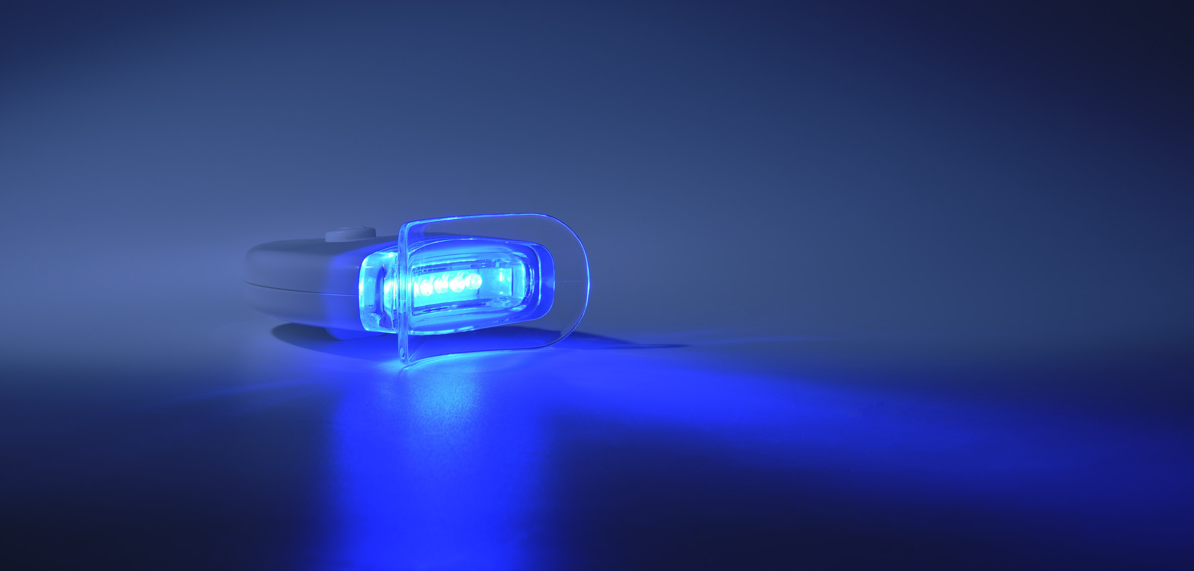 White AF blue light device Advertising product photography